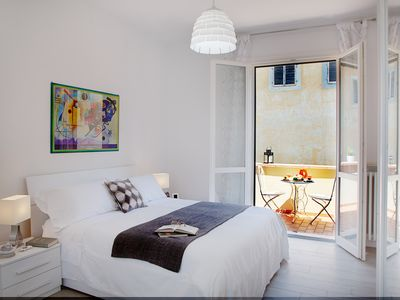 Photo for CELLINI ART FLORENCE APARTMENT