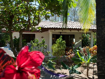 Photo for Beautiful Casa Mambo; beach/pool/surf/wi-fi/cable-tv/ac