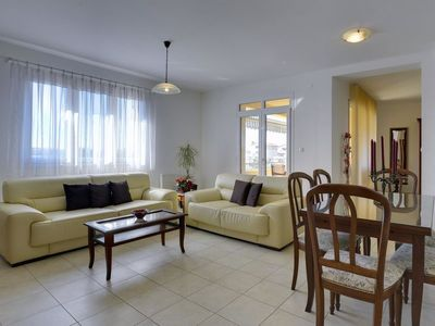 Photo for Apartment HOUSE EMMA in Pula - 5 persons, 2 bedrooms