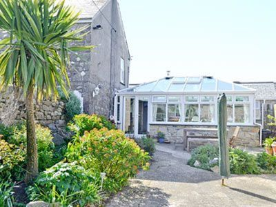 Photo for 2 bedroom property in St Ives. Pet friendly.