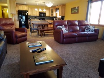 Golf Getaway, Family Vacation? Enjoy It All At Northern Bay On Castle Rock  Lake