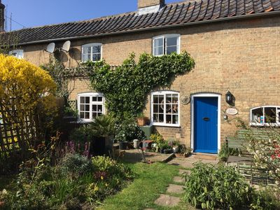 Photo for Charming cottage for two close to Suffolk Heritage Coast
