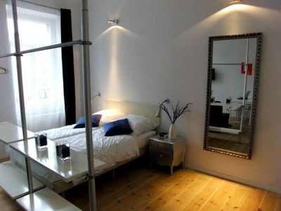 Photo for Studio apartment in Berlin with Internet, Lift, Washing machine (380020)