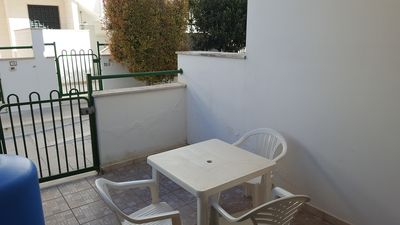 Photo for Holiday apartment near the beach - Bel trilocale in contesto residenziale