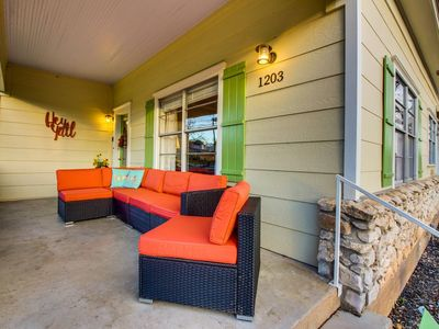Covered front porch with seating  great for morning coffee or horse shoe cheers!