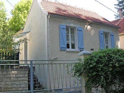 Photo for Vacation home La Jonquiere in Tanlay - 2 persons, 1 bedrooms