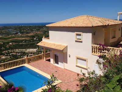 Photo for Luxurious villa with a beautiful view over the Mediterranean Sea