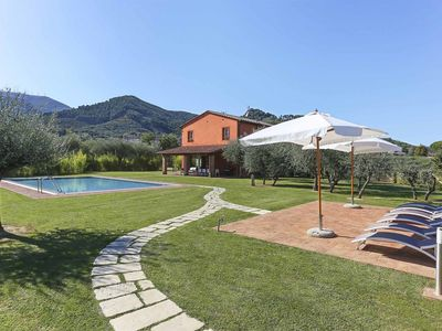 Photo for Private Villa with WIFI, private pool, A/C, TV, patio, panoramic view, parking, close to Lucca