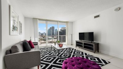 Photo for ★ NEWLY DECORATED STYLISH 1BR @THE HEART OF MIAMI❤️