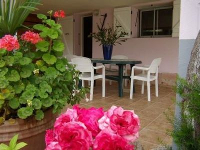 Photo for Quiet villa floor 5 minutes from the sea, shops and Ajaccio