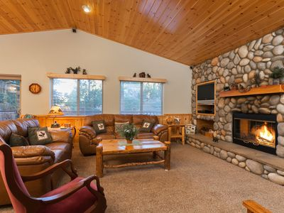 Photo for Modern Beauty National Forest. Spa, Wi-fi, Hiking from Backyard. Walk to Village