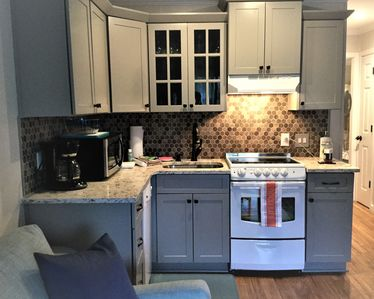 Brand New, Fully Stocked Kitchen, Quartz Counter, Recessed Lighting
