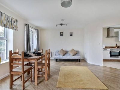 Photo for The Mews 2 Bed Apt Sheffield Centre (Inc. Parking)