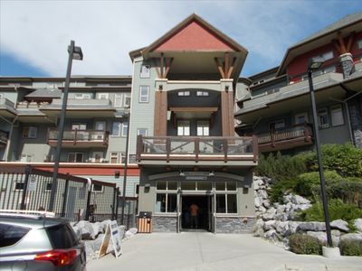 Photo for Luxury Two Bedroom Condo in the Heart of the Rocky Mountains