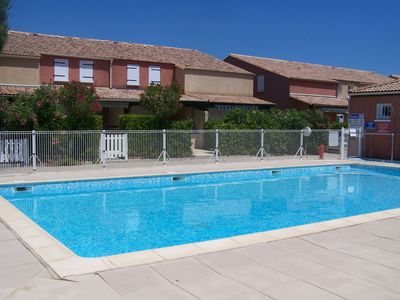Photo for Pretty house in a private residence with swimming pool 400m from the Beach