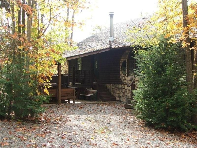 1163 Milroy Grose Rd. Luxury Cabins-Vacation Home-New