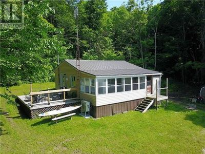 Photo for 3BR House Vacation Rental in Delta, ON