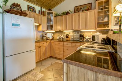 Fully equipped kitchen and full-size refrigerator