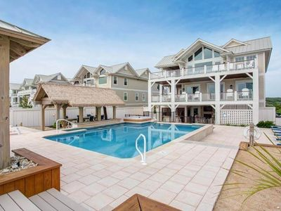 Photo for 10BR House Vacation Rental in COROLLA, North Carolina
