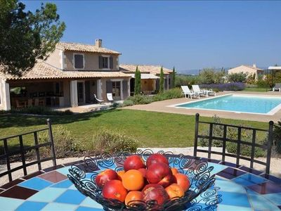 Photo for Authentic Provencal Villa with Heated Swimming Pool