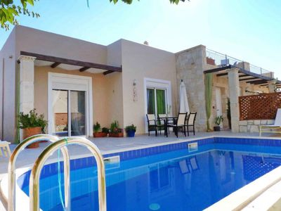 Photo for Apartment Azure Villa with Private Pool  in Nopigia, Crete - 6 persons, 3 bedrooms