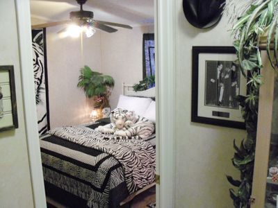 Photo for Queen Bed, Private  Bath, Tiger Room  - easy to Death Valley/Las Vegas & Clean!