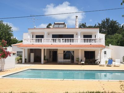 Photo for Detached holiday house with private swimming pool located in Maritenda.