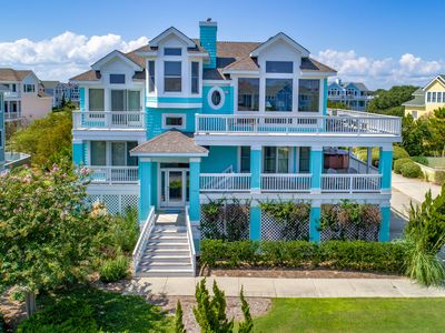 Photo for Signature Series - 5 Bedroom with all the Amenities - Close to Beach and Shopping