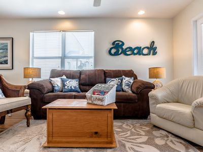 Photo for Newly renovated; pool! 3 BR, 3 BA Duplex. Lagoon view, 4 min walk to the beach