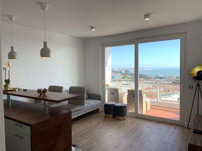 Photo for Apt with Balcony, Panoramic Ocean and Cascais View
