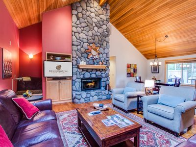 Photo for River Rock Gas Fireplace, Near Fort Rock Park, Hot Tub, 4 Bedrooms  - DUTC17