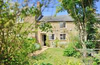 Beautiful cottage for a family in an ideal location