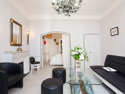 Photo for Beautiful 3 rooms luxury, classified 3 stars, in the heart of Cannes, near the sea