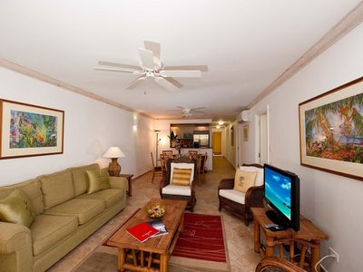 Photo for Terraces 101 - Warm Tropical Apartment