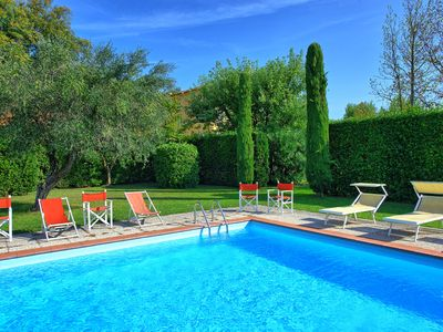 Photo for Air-conditioned villa with private swimming pool, located close to town