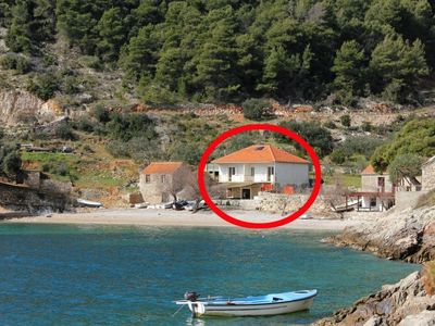Photo for Apartment in Torac (Hvar), capacity 4+0