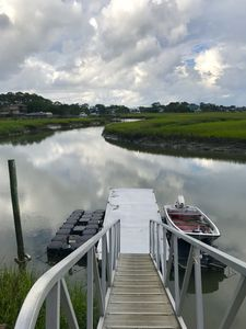 Private Waterfront Family Complex with Dock, Walk to Beach. Angler's Dream.