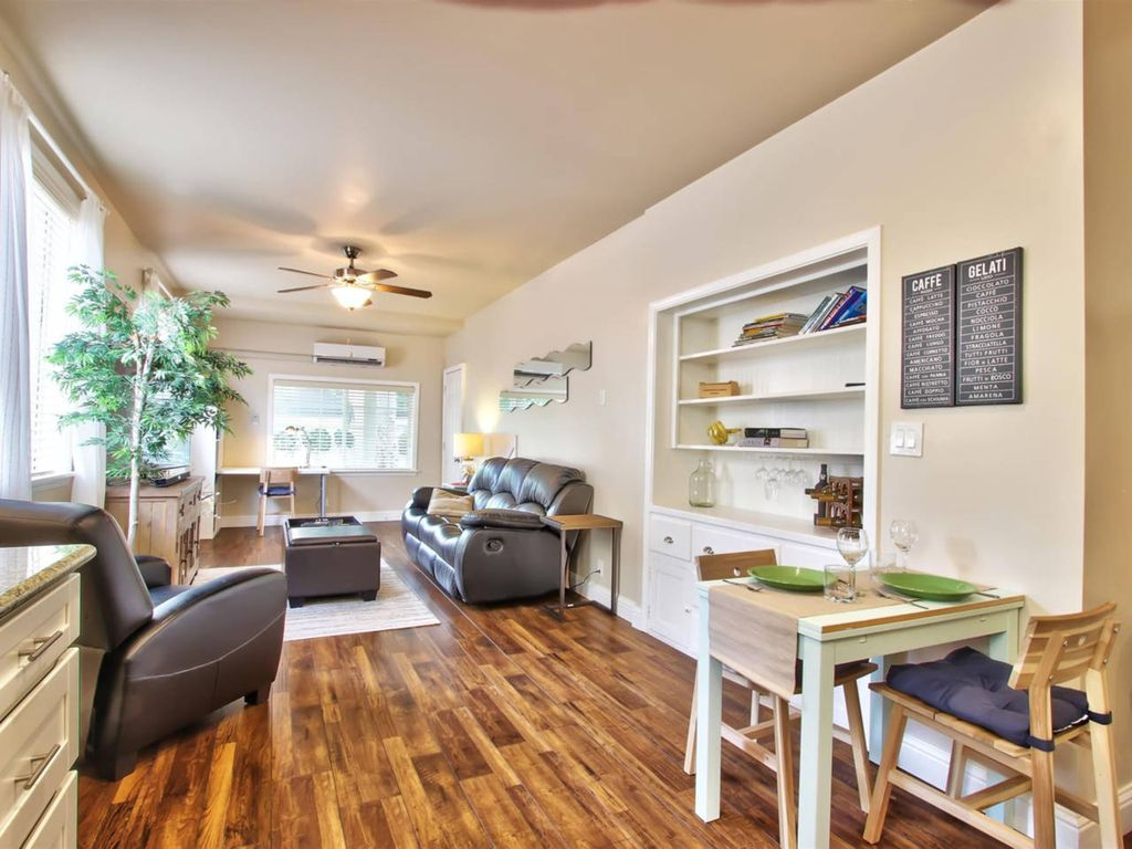 Marvelous Midtown Stay With A Modern Twist One Bedroom Apartment Sleeps 4 Sacramento Central