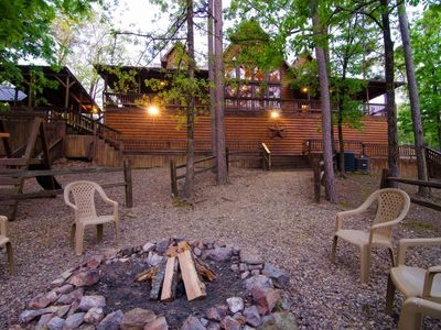 Photo for Wild West Lodge (5 Bdrm) (High Lux)(HOT TUB)