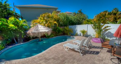 Close to Gulf Beaches - Dog Friendly - Private Heated Pool