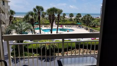 Photo for Oceanfront  condo  for 6, private beach bu Coligny, pool adult &kids, heated N-A