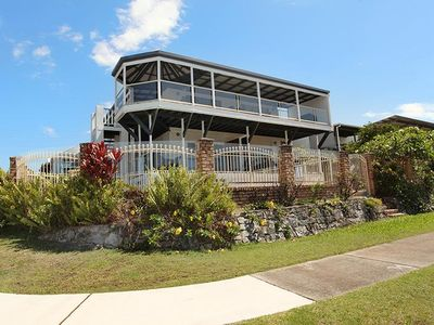 Photo for 7 bedroom home in the heart of Alexandra Headland