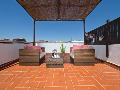 Photo for Apartment 1.1 km from the center of Barcelona with Internet, Air conditioning, Lift, Terrace (711977)