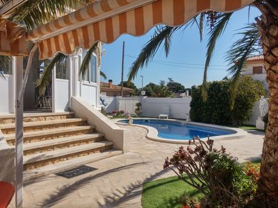 Photo for VERY PLEASANT VILLA NEAR COMMRECES AND BEACH