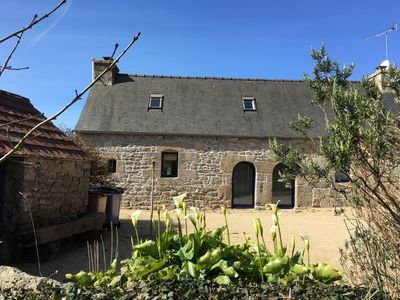 Photo for Breton farmhouse quiet, between sea and river