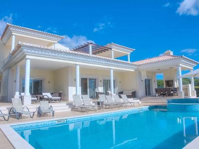 Photo for 6 bedroom Villa, sleeps 12 in Cavacos with Pool, Air Con and WiFi