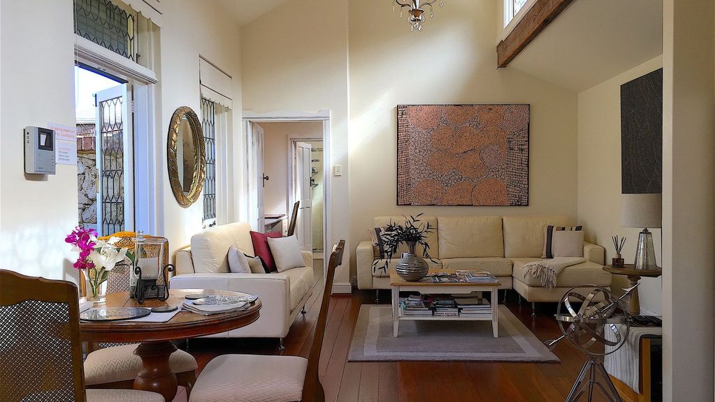Fremantle Galerie Luxe Coach House Apartment