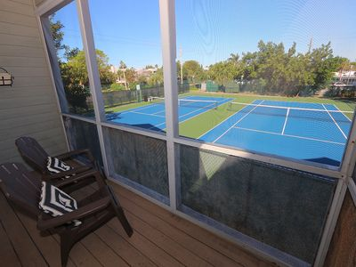 Photo for Cedars East #528: 2 BR / 2.5 BA Townhome on Longboat Key by RVA, Sleeps 4
