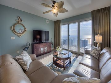All new furnishings~Short walk to the beach~INCREDIBLE VIEWS!