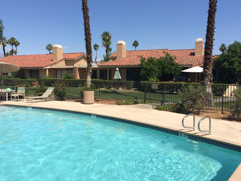 Beautiful Monterey Country Club Condo- Just Steps Away From Pool: 3 ...